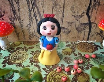 Cute Baby Princess Snow White Cake Topper