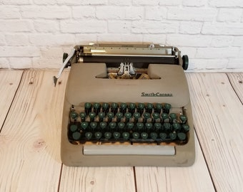 Vintage Working Smith Corona Sterling Typewriter Portable With Case