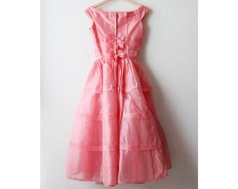 1950s Pink Bow Tie Swing Dress