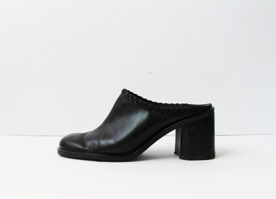 1990s Gloria Vanderbilt Black Leather Mules Platfo