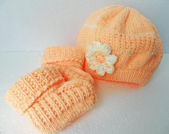 Newborn Hand Knit Hat And Booties Set With Crocheted Puff Flower In PEACH