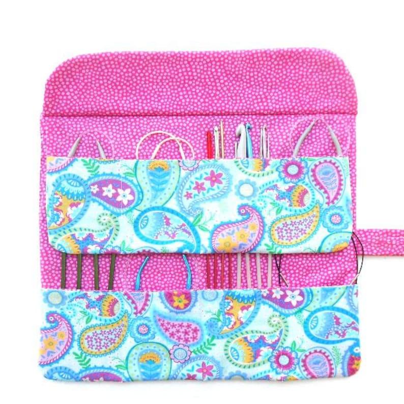 Paisley Circular Knitting Needle Case Artist or Makeup Brush Holder 8 Pockets