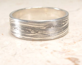 Woodgrain Ring -  Faux Bois Ring - Engraved Ring