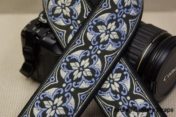 Vintage Floral Camera Strap 2 in Wide Custom Padded Vintage Floral Blue or Pink DSLR SLR
