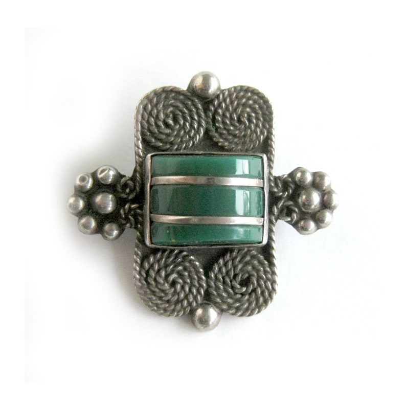 8af41aa350fd4 Sterling Silver Brooch with Green Onyx Stone, Taxco Jewelry, Pre-1948  Mexico Jewelry, Southwest Style, Boho Chic, Estate Jewelry Iquala ENL