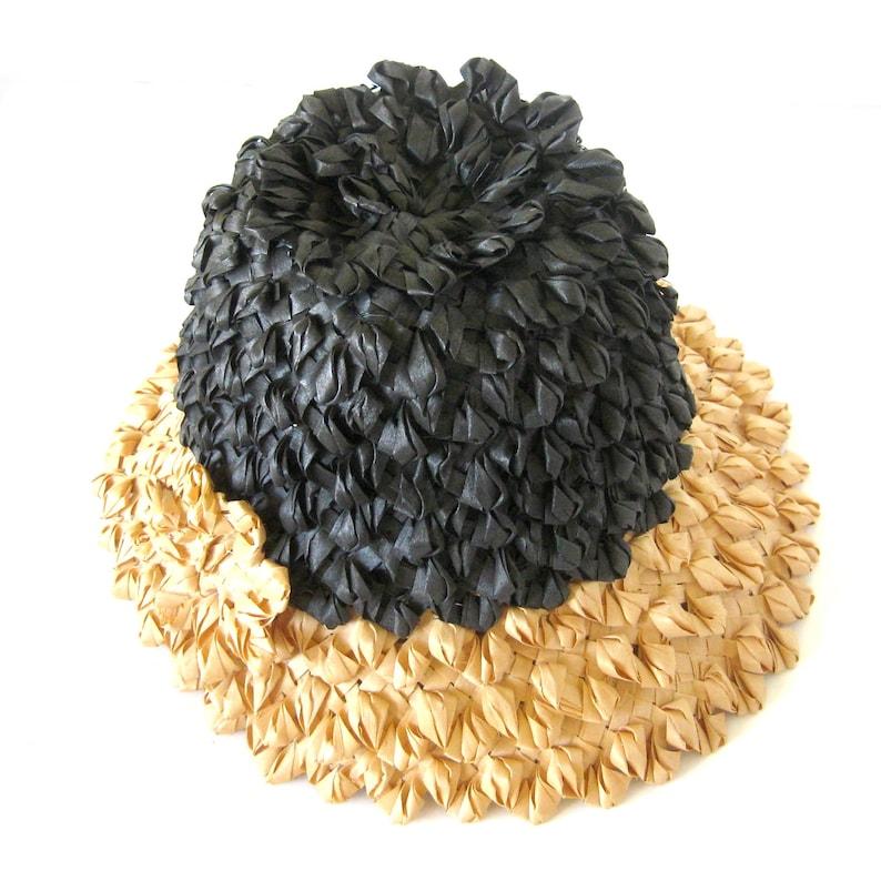 7df74b4fd72a4 Vintage TIKI OASIS Straw SUN Hat   Mod Raffia Hat    50s
