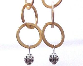 Ring Ring Earrings in matte Gold