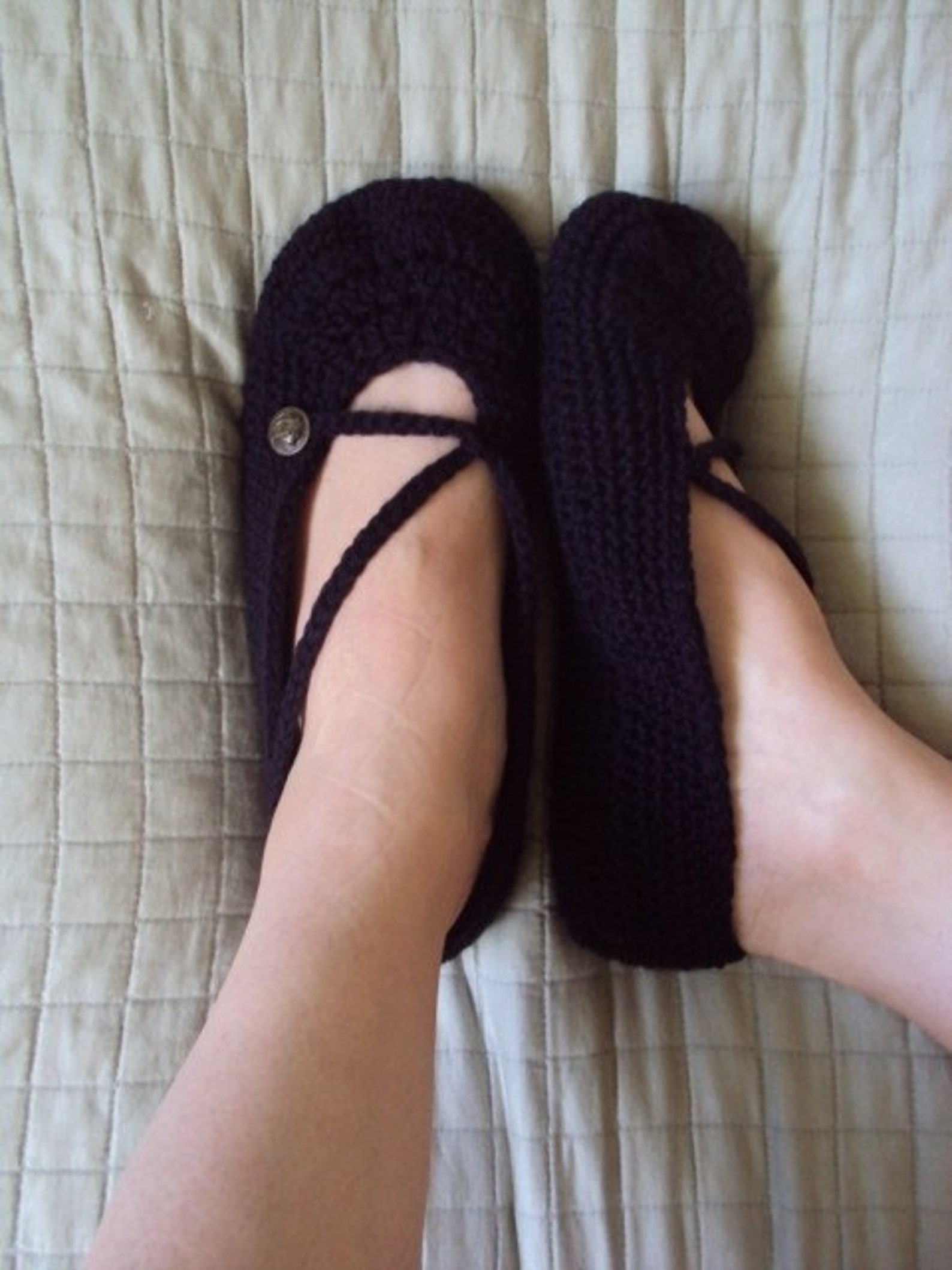download now - crochet pattern ladies cross-strap ballet flats slippers- pattern pdf