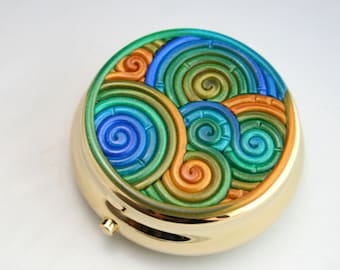 Blue, Green and Gold Pill Box in Fimo Clay Filigree (Gold Plated)