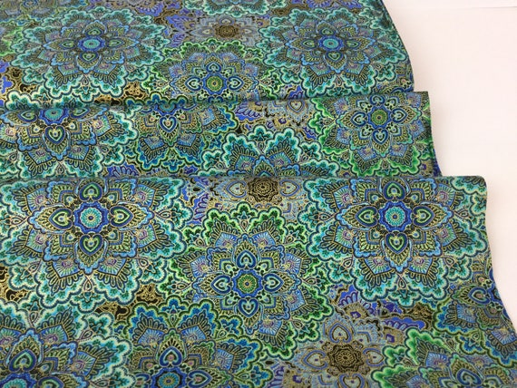 MOONLIGHT PLUME PEACOCK FEATHERS METALLIC QUILTING FABRIC PANEL NO 29