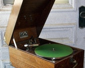 1922 Portable Victor Victrola Phonograph - VV50 54843   Reserved for esbaby