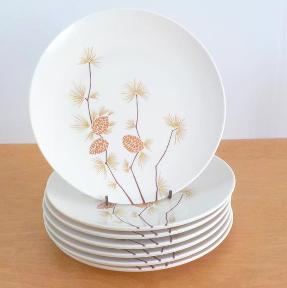 & Vintage Melmac Dinnerware Boontonware Melamine Dinner Plates