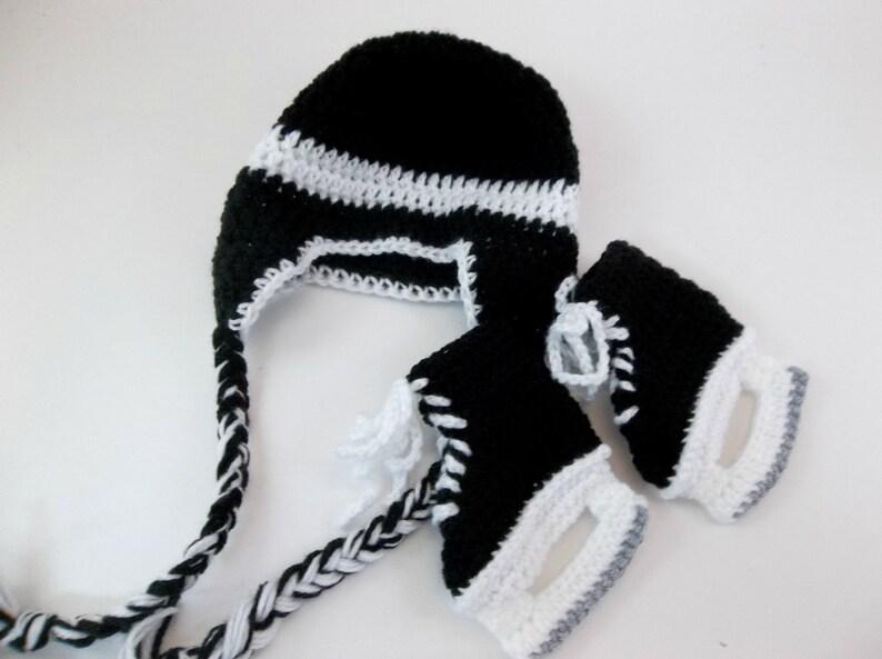 df28e9e089f Baby Hockey Skates Baby Booties and Earflap Hat Set Crochet