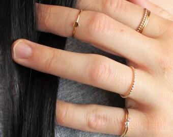 Minimal Beaded Band Ring