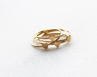 Thin Gold Heart Ring