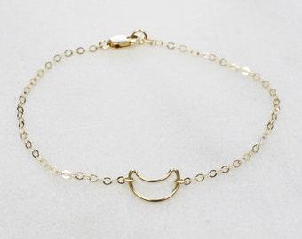 Dainty Bracelet - Choose your shape