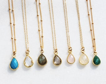 Dainty Teardrop Gold Necklace