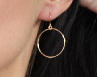 Elaine - Simple Gold Earrings