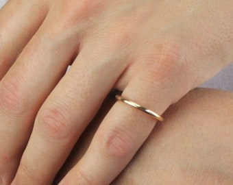 Thick Round Wire Gold Band Ring