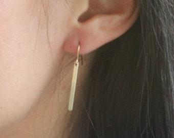 Clara - Simple Earrings