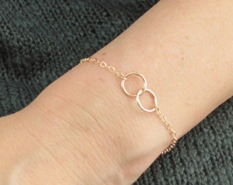 Interlocking Rings Bracelet