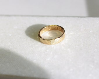 Hammered Gold Band Ring
