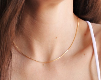 Dainty Box Chain Necklace in Silver or Gold