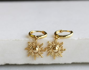 Sunburst Gold Huggie Hoop Earrings - Aura Collection