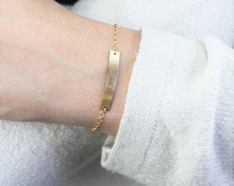 DAINTY Nameplate Bracelet