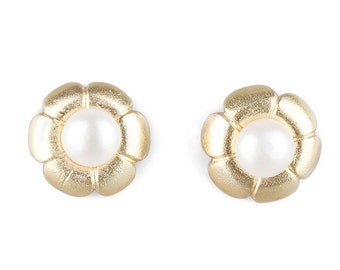 Flower with Pearls Stud Earrings