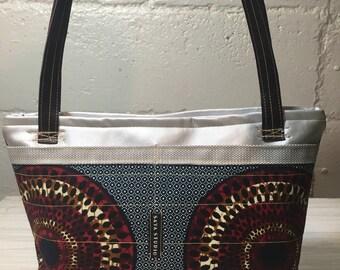 Small bag with Nsu Brua Pattern