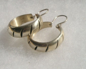 945c2af1a Vintage Sterling silver 925 Hoop Style Earrings Mexico