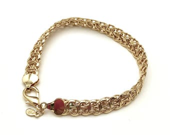 Vintage Bright Gold Plated Woven Mesh  Bracelet Lobster Claw Clasp Mint Condition for Her Under 40 Free Gift Wrap