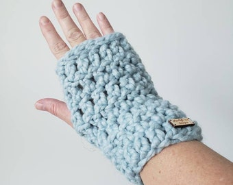 Wrist Warmers in Glacier, Hand Warmers, Fingerless Gloves, Texting Mitts, Texting Mittens, Handwarmer