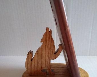 Wolf phone holder