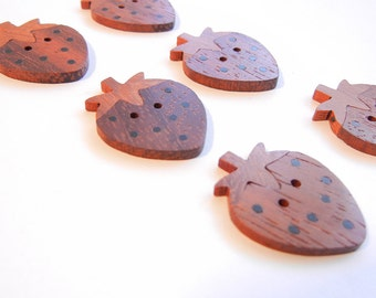 6 Natural Wood Strawberry Buttons