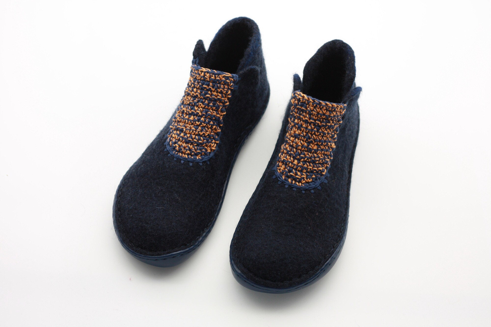 2333335f60dbe Lucielalune Princess Spring ankle boots / Handmade felted wool / hand  crochet / women shoes ASB18-3