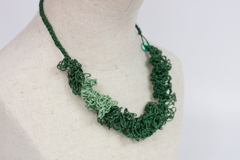LUCIELAlUNE choker necklace Earring  grace plant green vocation jewelry  natural materialwomen fashion gift free sketch style