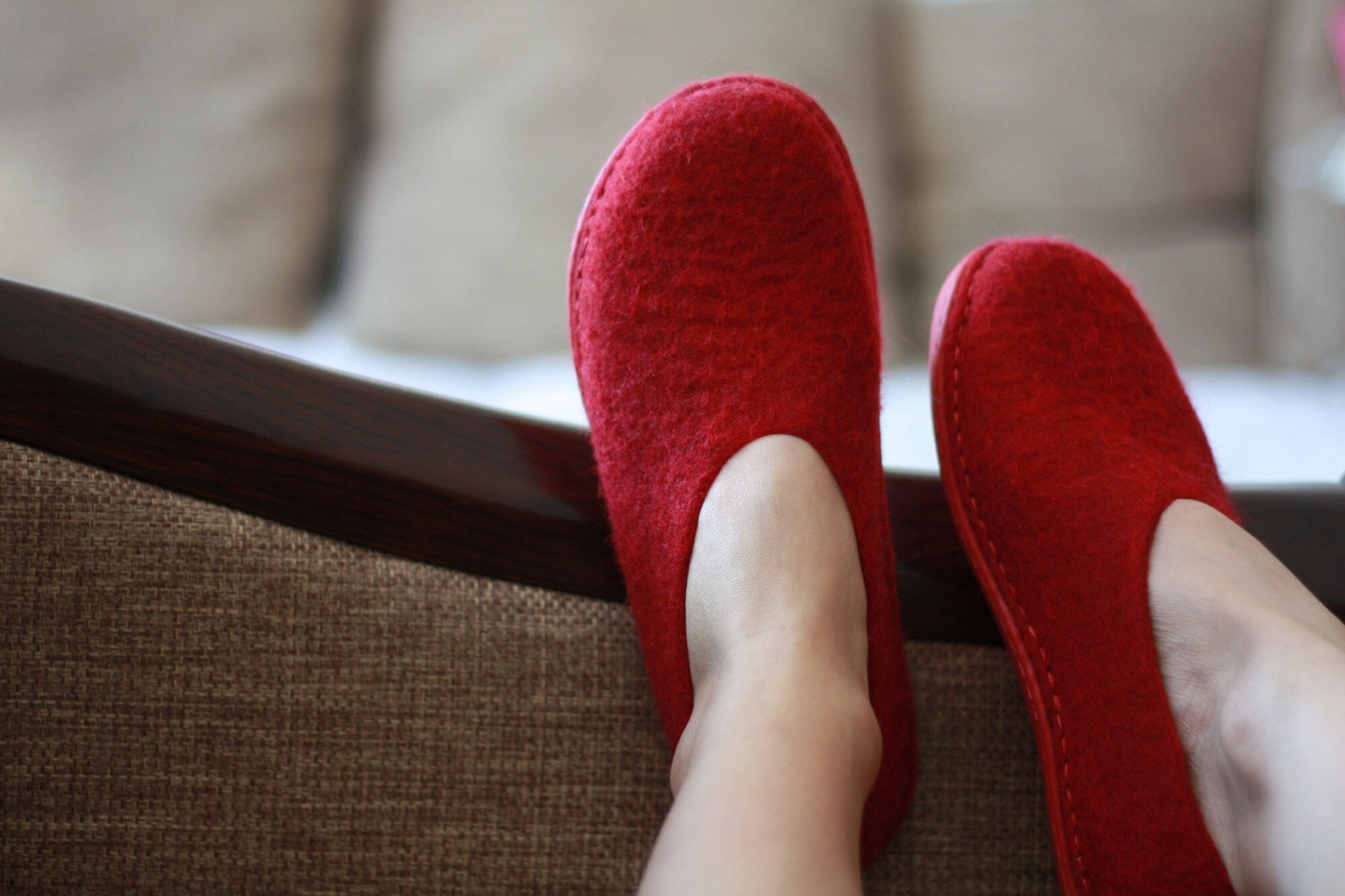 lucielalune / spring ballet shoes/eu38.5 us8 uk5.5/ vin red / women slip on/ handmade loafers.
