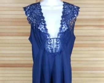 Vintage 70s navy blue nightgown lace bodice Blanche Robert Montenero chest 36 38