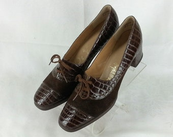 bc584203adb Vintage 70s brown faux croc shoes chunky heel size 8.5