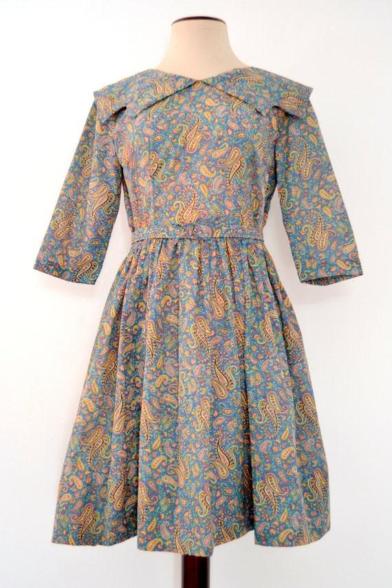 Vintage 1950's Paisley Printed DRESS. Fifties Full
