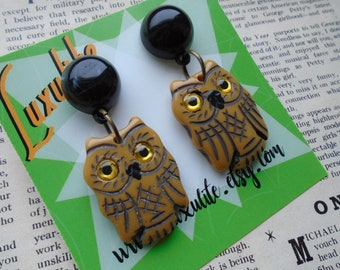 The owls are not what they seem - Butterscotch owl earrings - 1940s 50s bakelite inspired fakelite by Luxulite