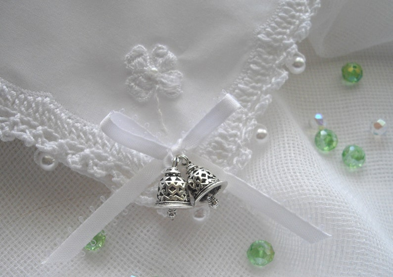 Victorian Inspired Ivory And White Wedding Hankie Ready To Gift Heirloom Boxed With Card Crocheted For Bride Vintage Applique handcraftUSA
