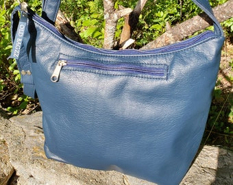 Blue Leather Medium Sized Purse with  2  Exterior Zipped Pockets.  Free Shipping.