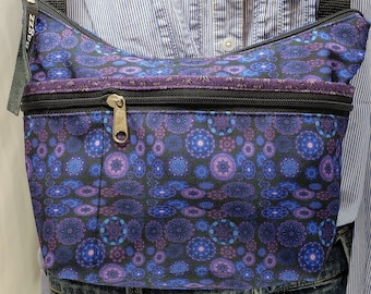 Colorful Roomy Little Bag. Six Exterior Pockets.  3 Zipped.  3 Open.  Free Shipping
