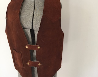 Vintage SUEDE VAQUERO Vest •1970s Western Wear Clothing • Handmade Brown Leather Coachella Cowboy Sherpa Lined 60s Concho Sleeveless Jacket