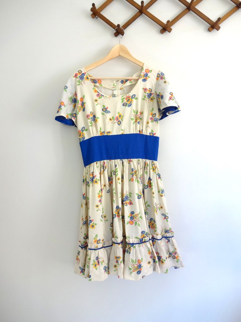 Vintage DANCING Dress  1970s Women Clothing Classic Country image 0