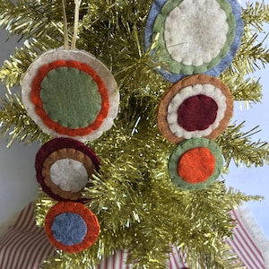 White /& Green PENNY RUG INSPIRED Christmas Ornaments Hand cut Pennies Polyester Felt ***Ready to Ship*** Set of 2 Traditional Colors of Red