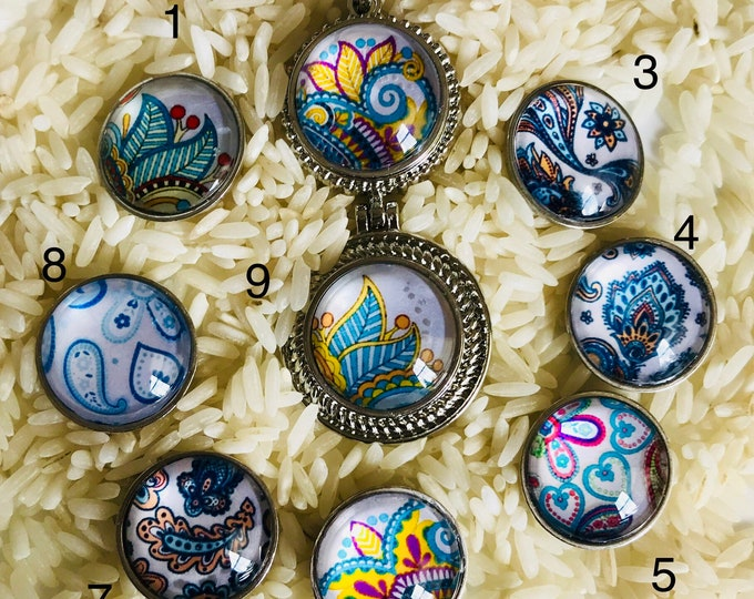 Stunning Handmade Glass Snaps - Compatible with Gingersnaps- Ginger Snaps - Magnolia and Vine - Blue Floral Paisley Themed Glass Snaps